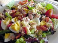 シーチキンとゆで卵のサラダ