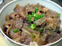 ピリ辛牛丼